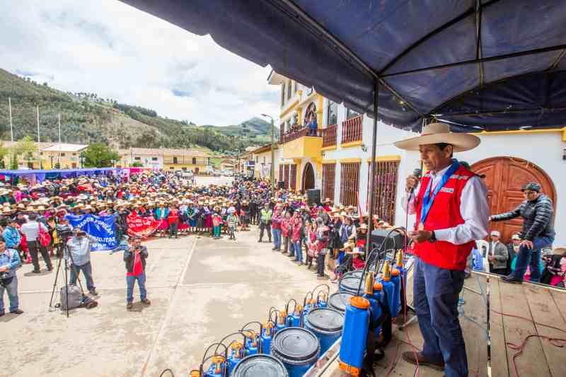 Ejecutivo despliega esfuerzos para minimizar impactos en anemia y reducir la pobreza en Curgos