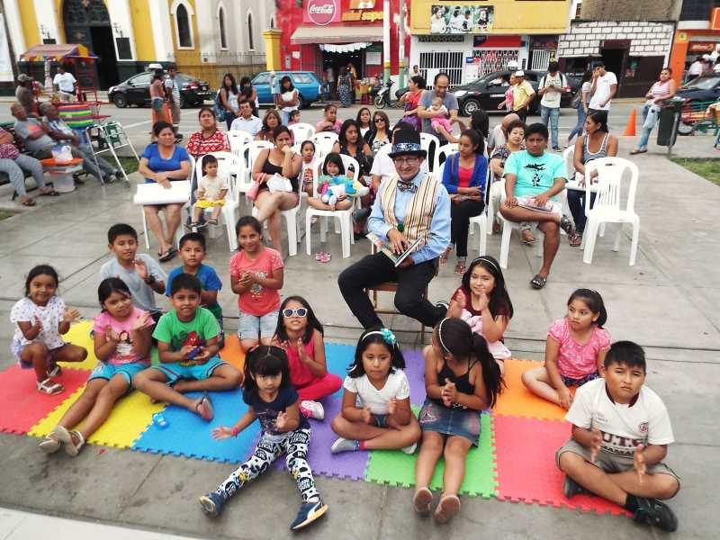 Fondo editorial de la MPT dona libros a biblioteca municipal de Laredo