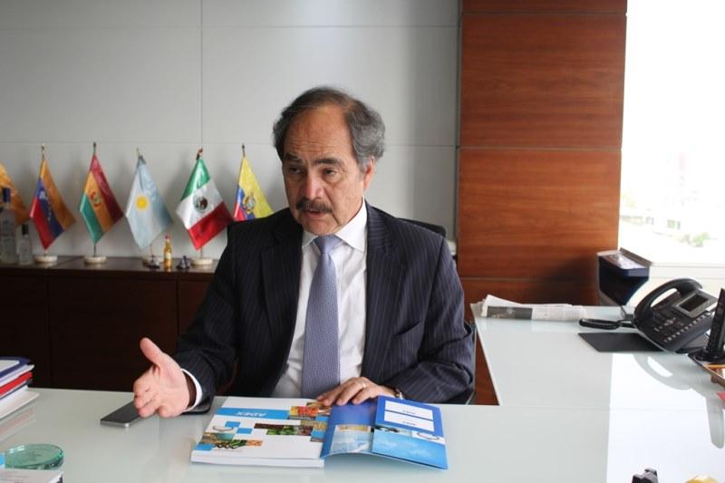 Juan Varilias prensa48
