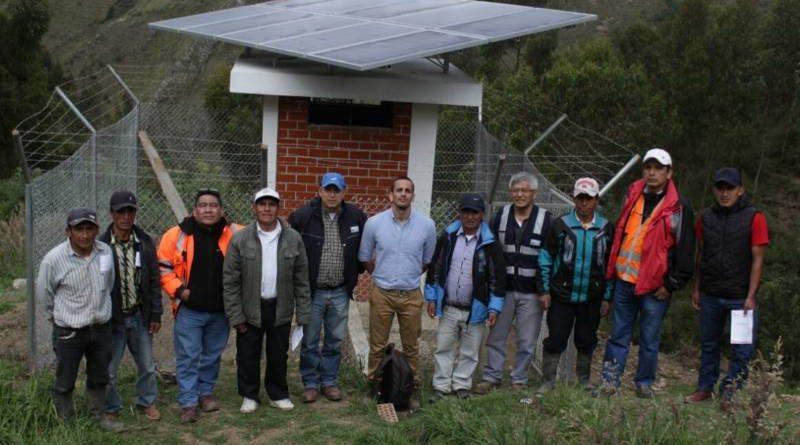 Barrick entrega sistema de agua potable operado por paneles solares